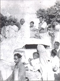 Mahatma Gandhi with Iswar Chandra Pramanik, Swatish Chandra Jana and Pitabas Das